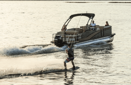 Owning Your First Boat Be Curtious